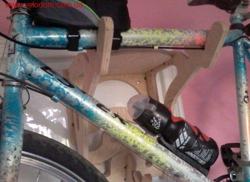 Вішалка для велосипеда на стіну (Bike-Hanger)