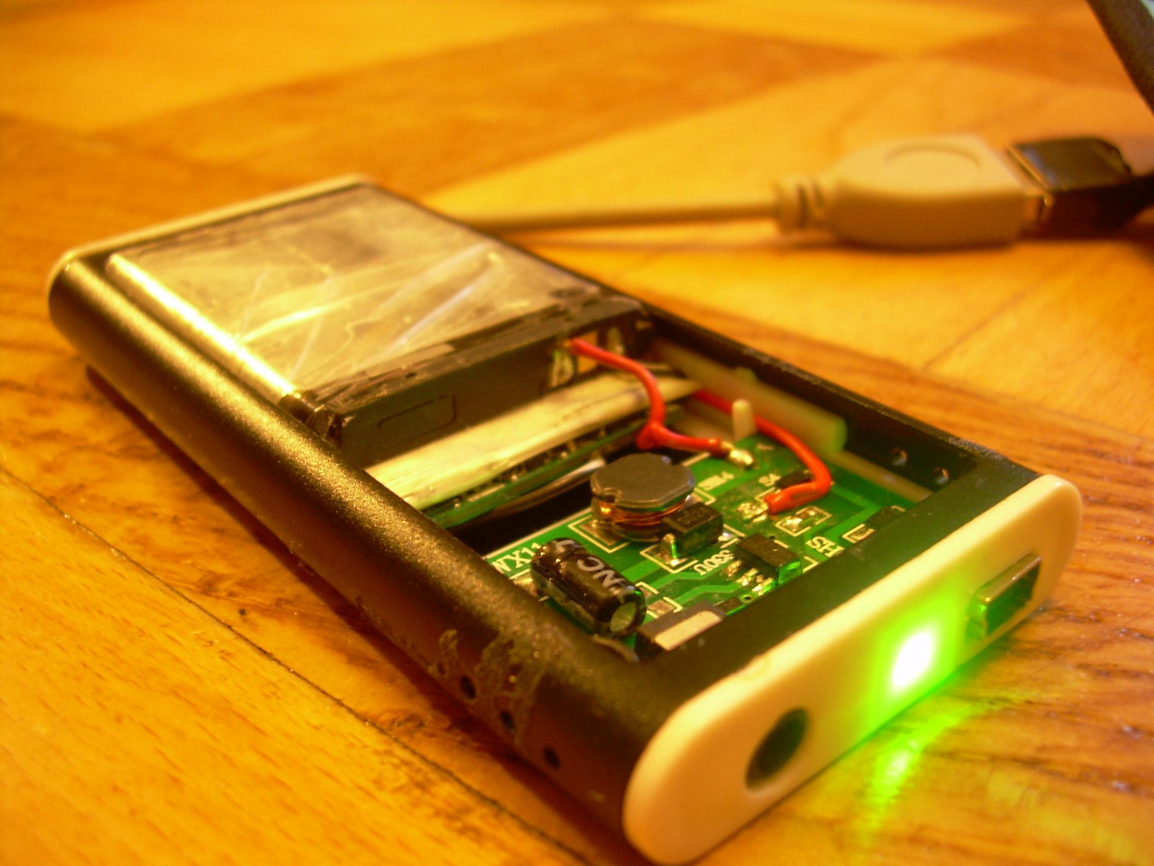 Как сделать портативное зарядное usb устройство
