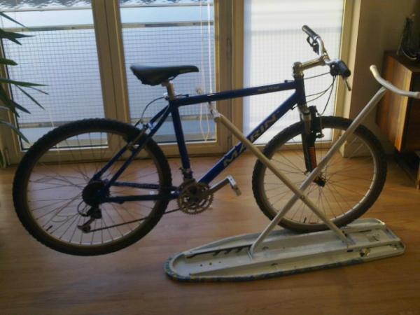 Стенд для ремонта велосипеда своими руками
